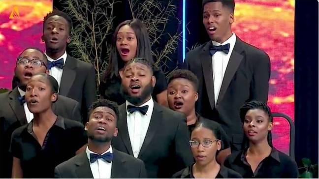 adventistas-coro.jpg