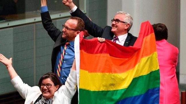 noticia-australia-matrimoniogay.png